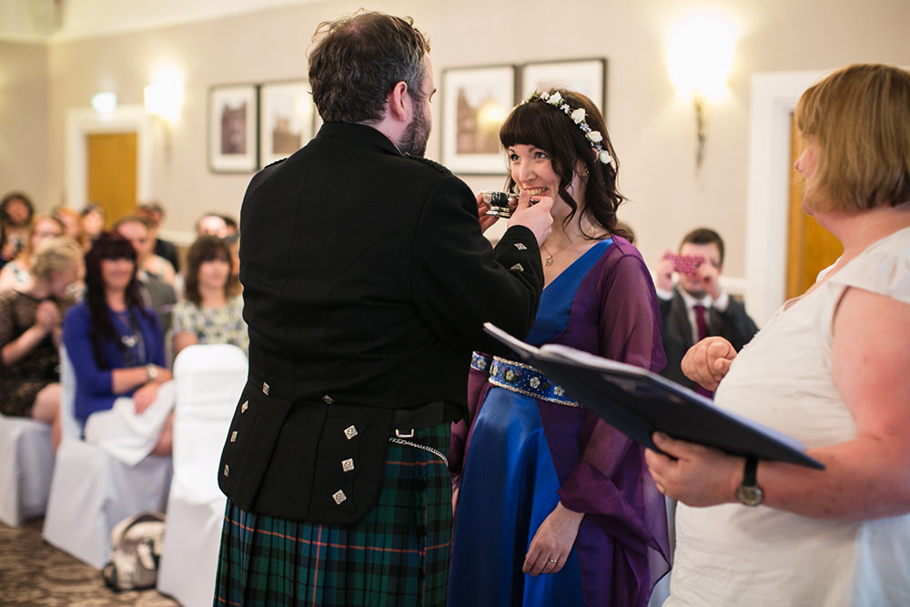 3-Glasgow-offbeat-wedding-2