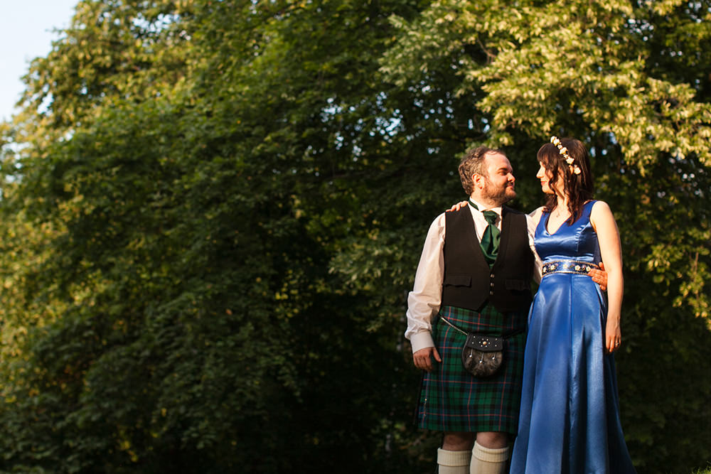 5-Glasgow-offbeat-wedding-10