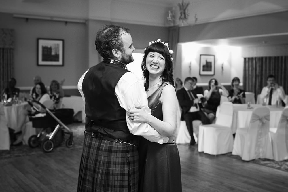 8-Glasgow-offbeat-wedding-6