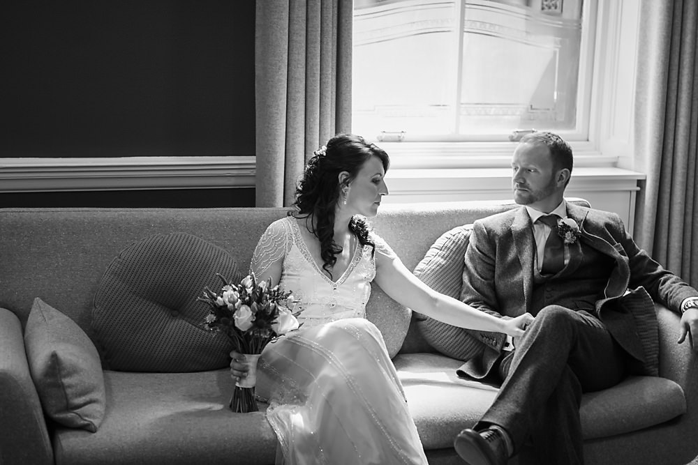 new glasgow registry office wedding